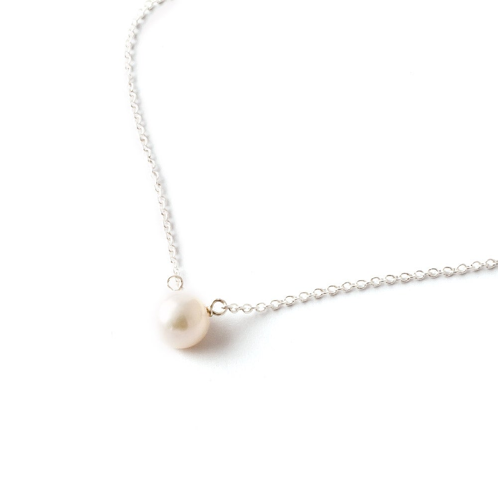Dogeared Freshwater Pearls Of Wisdom Sterling Silver Necklace