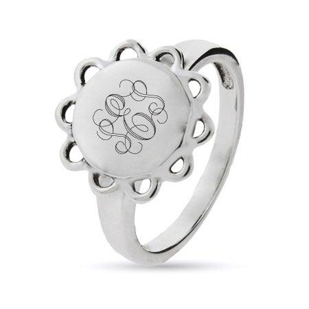 Sterling Silver Engravable Signet Ring in Vintage Design | Eve's Addiction®