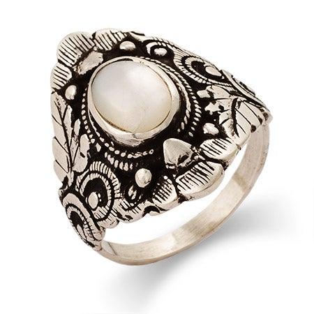 Sterling Silver Mother of Pearl Leaf Design Ring | Eve's Addiction®
