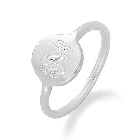 Engravable Monogram Disc Ring in Silver | Eve's Addiction®