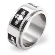 Black Claddagh Engravable Spinner Ring