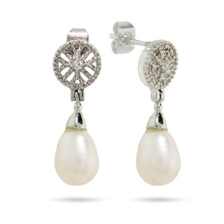 Vintage Style Peardrop Freshwater Pearl Earrings | Eve's Addiction®