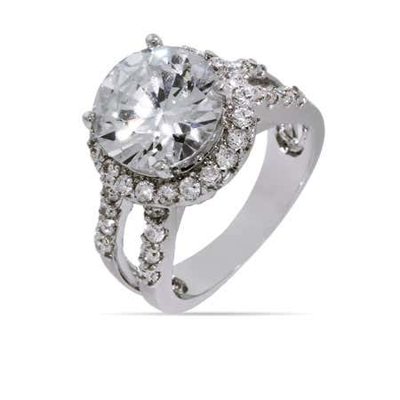 Dazzling Round CZ Right Hand Ring | Eve's Addiction®