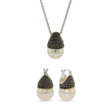 Royalty Inspired Crowned Pearl Pendant and Earrings Set | Eve's Addiction®