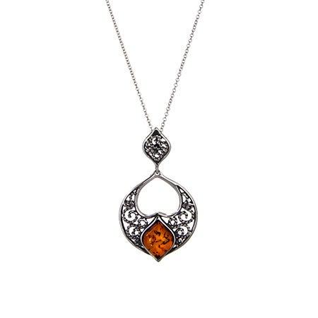 Genuine Baltic Amber Floral Flower Vintage Necklace