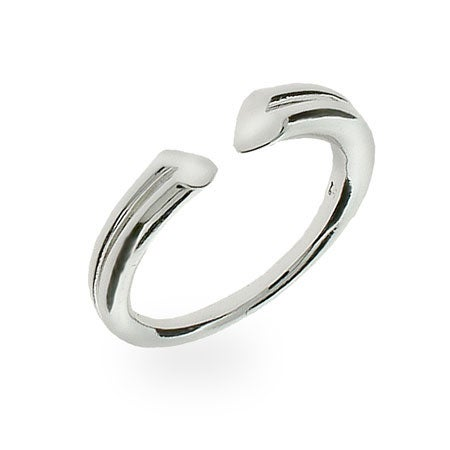 Sterling Silver Open Center Heart Ring | Eve's Addiction®