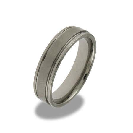 Mens Engravable Beveled Edge Titanium Band | Eve's Addiction®