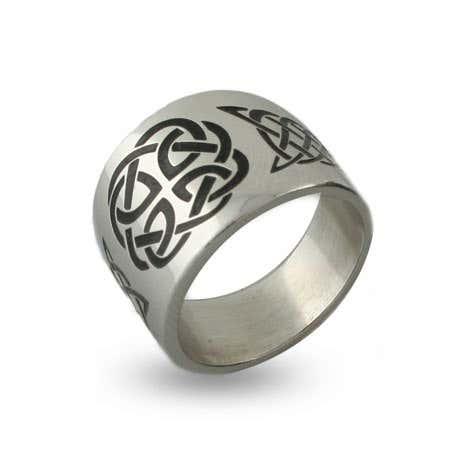 Engravable Celtic Knot Message Band