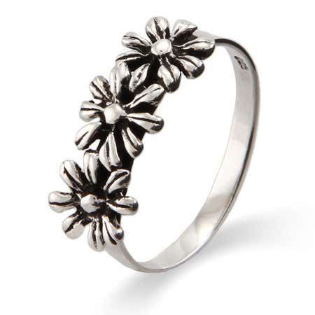 display slide 1 of 3 - Silver Daisies Petite Sterling Silver Ring - selected slide