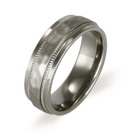Men's Hammered Design Titanium Ring | Eve's Addiction®