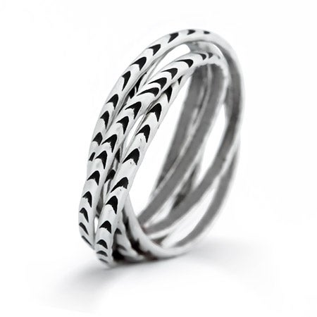 Rolling 5 Band Arrow Ring