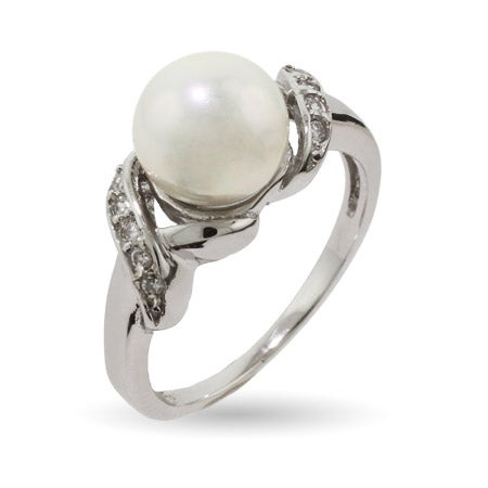 Classic Style CZ Round Pearl Sterling Silver Ring | Eve's Addiction®