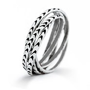 5 Band Rolling Arrow Ring