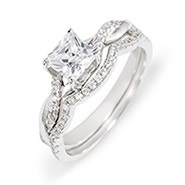 Petite Princess Cut Engagement Set with Intertwined Band